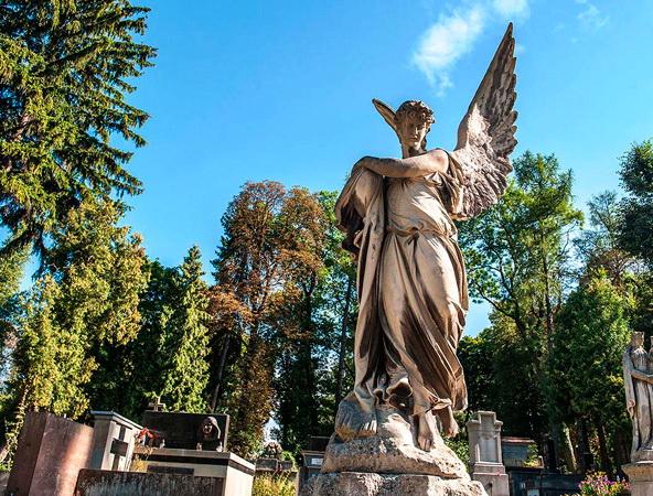 Львов Средневековый + Лычаковское кладбище